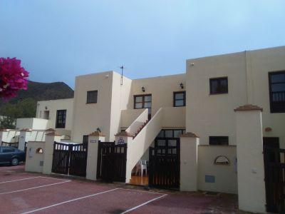 Fachada y balcón